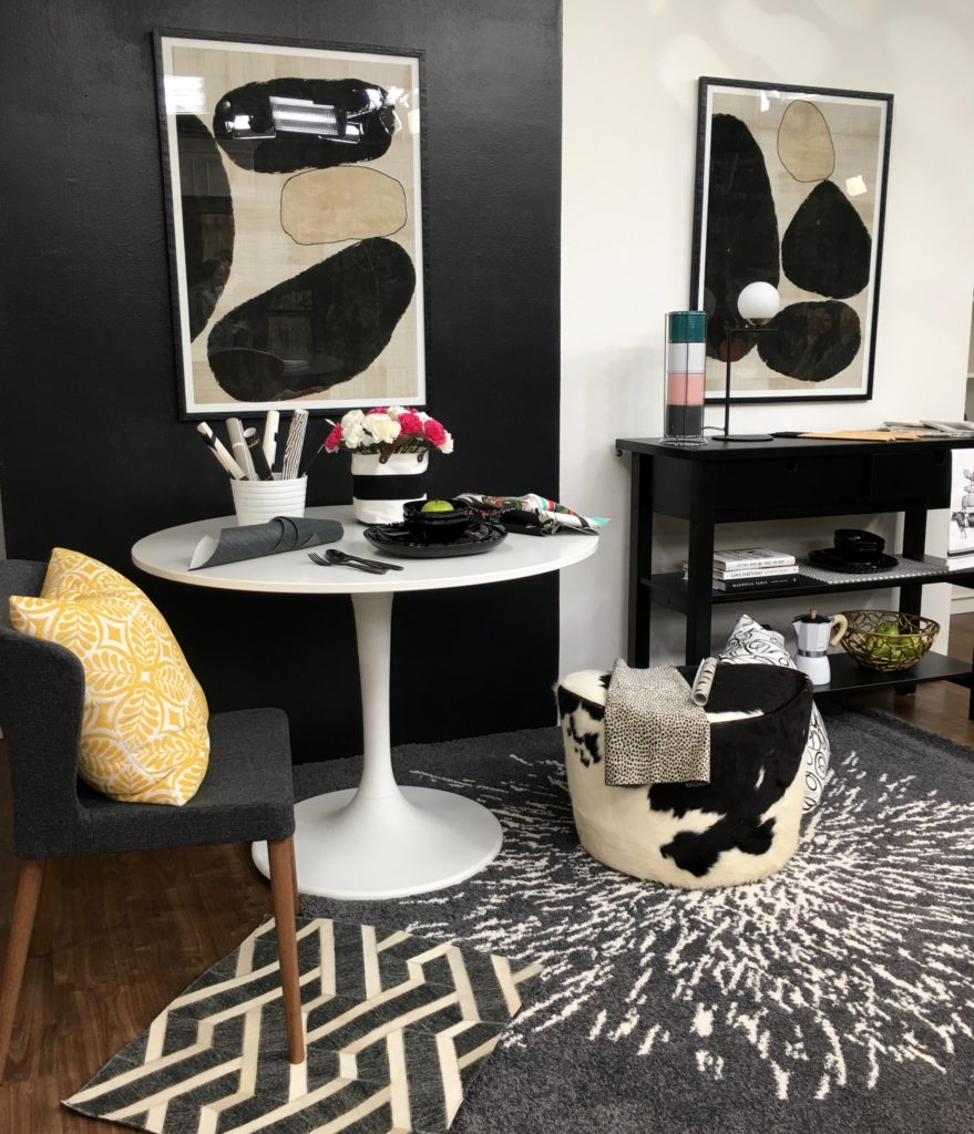Decorating With Black & White PLUS My 5 Fave Black & White